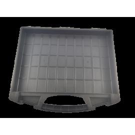 Tayg assortimentskoffer zwart met transparante deksel, voor inzetbakjes; model 430/560/0; afm.  430 x 370 x 55mm. ( lege koffer );ronde voorkant.